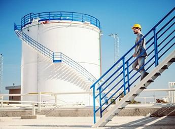 Tanque de água - Monitorização de nível, fluxo, pressão e temperatura